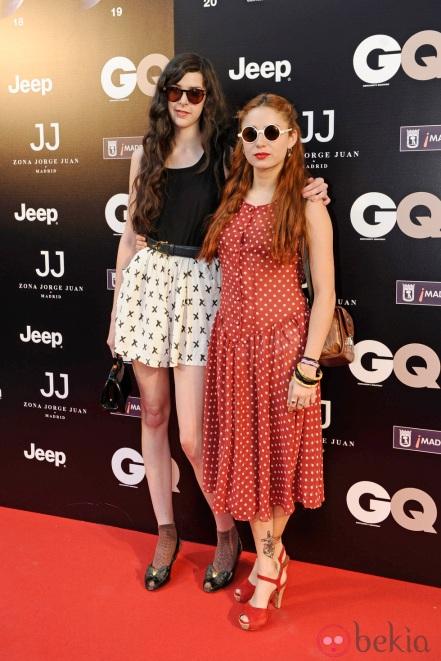 """Brianda y Miranda posando en el Photocall de la fiesta de """"GQ"""""""