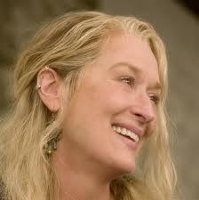 Meryl Streep con ear cuff  de argolla en Mamma Mia