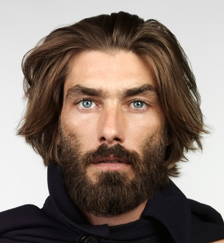 Patrick Petitjean modelo de rasgos masculinos